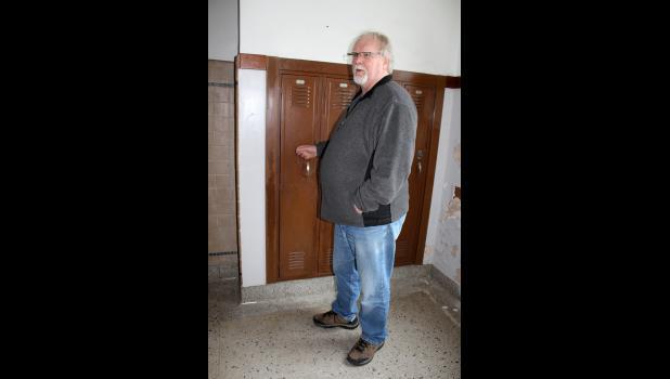 Randy Larson located his former high school locker.