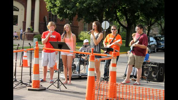 American Reformed Church's Youth Praise Band perform prior to the 8th Annual Wiener Dog Beauty Pageant. From left are Brennan Hart, Kathryn Renken, Sandra Renken, Conner Sandbulte (playing snare drums), Cory Grimm and Joel Thacker.