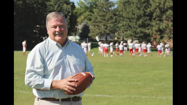 """On Monday retired football referee Mike Cox will instruct interested persons about the popular gridiron game called """"Football 101 for Moms,"""" offered through Luverne Community Education. Cox will focus on explaining the game, whether moms watch a high school, college or pro football game."""